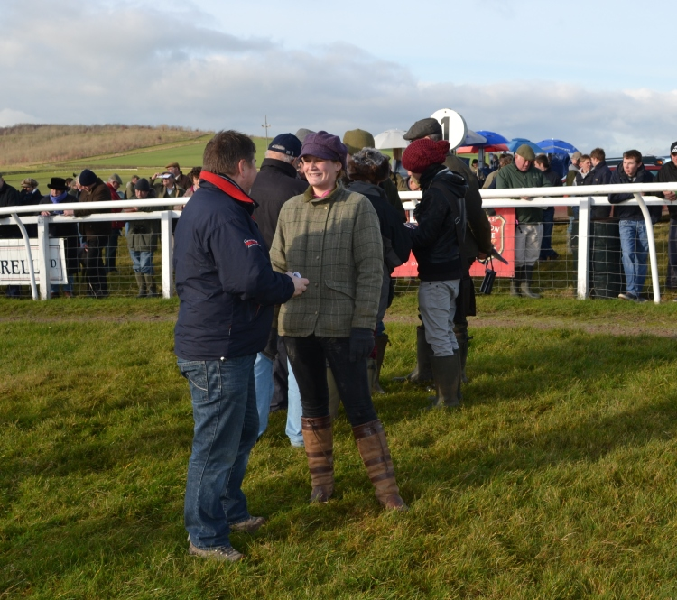 Dai Jones chats to Phine Banks, her sister, Abs Banks, has just won the Connolly's RED MILLS Intermediate on Hall Kelly