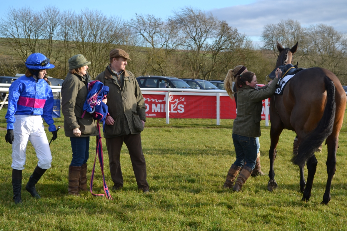 Emily Rucker is ready to be legged up on Stonemaster while mum Angela Rucker and dad William Rucker look on