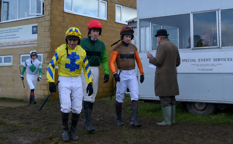The boys are counted out for the Coronation Gold Cup