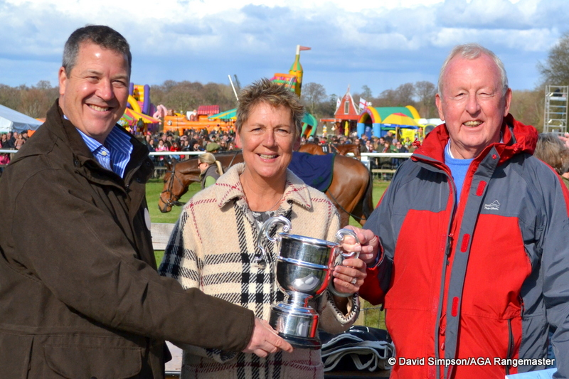 My AGA colleague, Richard Lawrence was on hand to present the mementoes after the race