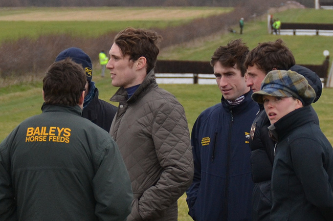 It was good to see some of the senior lads from the weighing room out on the course supporting the novice riders