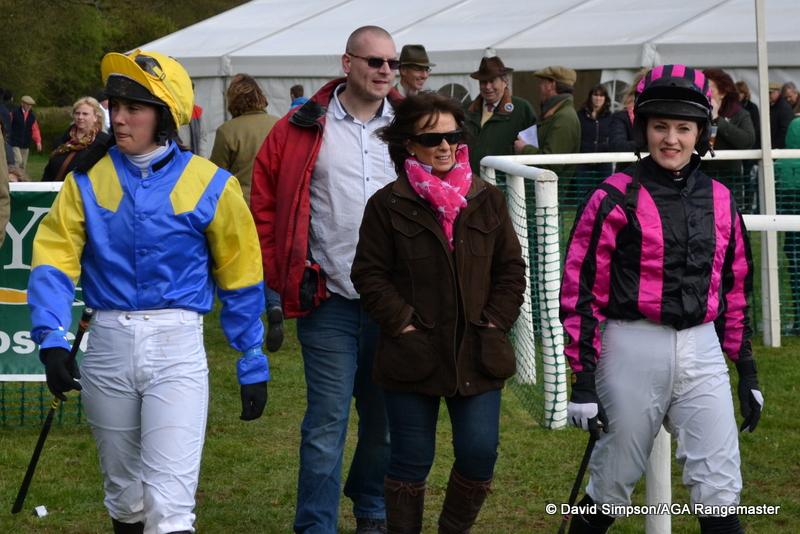 Ali Galliers-Pratt and Emma Moseley enter the paddock