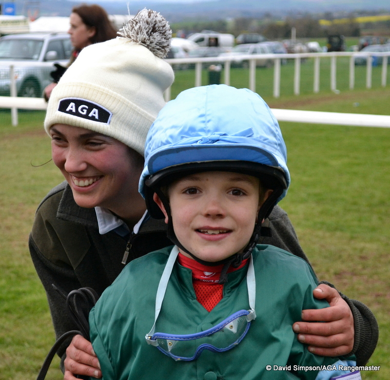A lovely pic of Ali Galliers-Pratt (3rd in the AGA Ladies) and Harry Finch