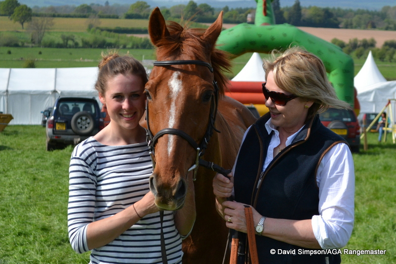 Tess and her mum, Alison, with The Ginger Man