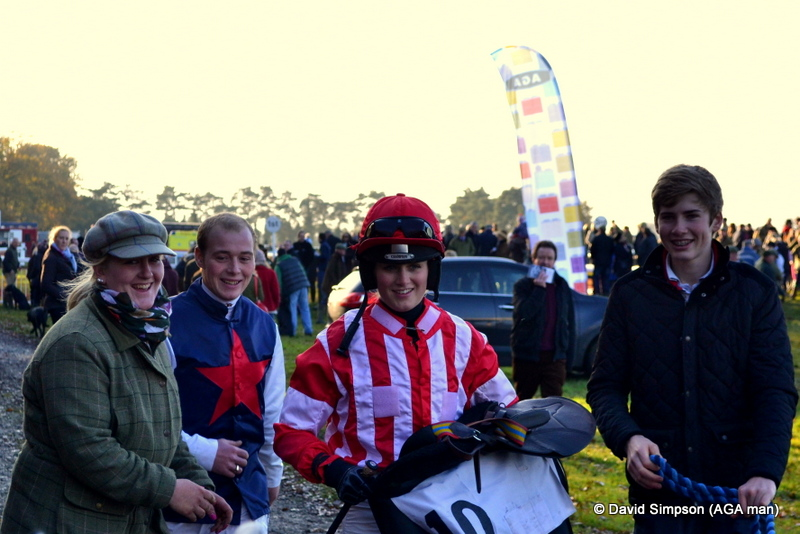 Ride of the day goes to Gina Andrews, I can't believe she stayed on Warwickshire in the ladies, good sit!