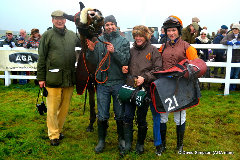 Another win for Storm Lantern and the Waley-Cohen team at Larkhill