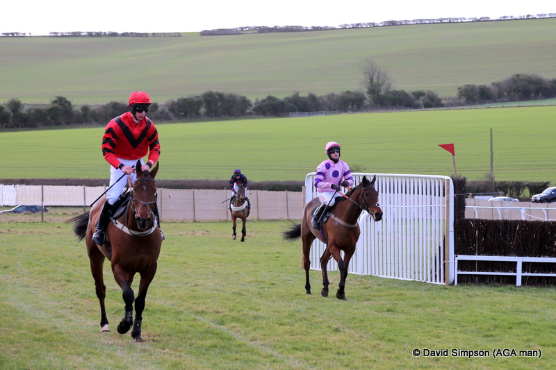 Will Biddick is in the pink silks, although as of this week he is now known as 'Billy Widdick' amongst some of his pointing friends (thanks to Mark Wall)