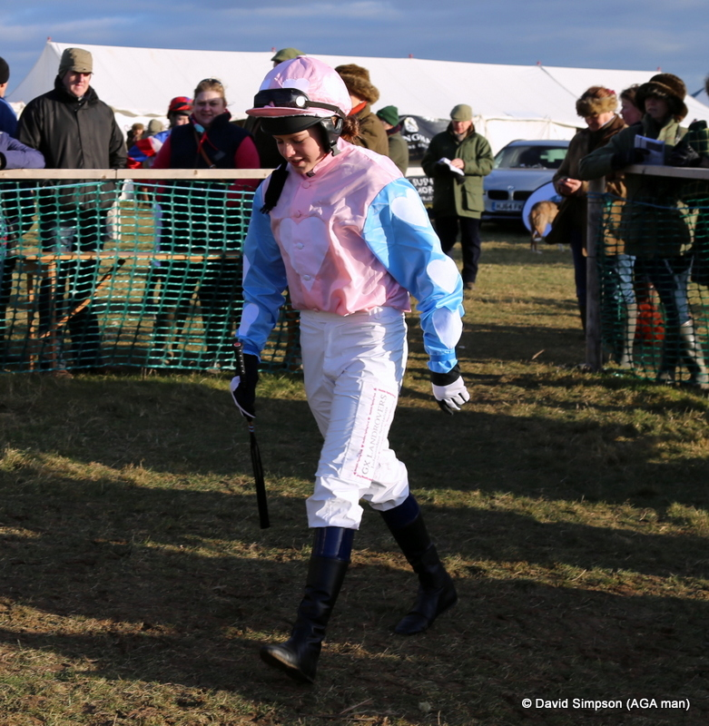 Lilly Pinchin strides into the paddock