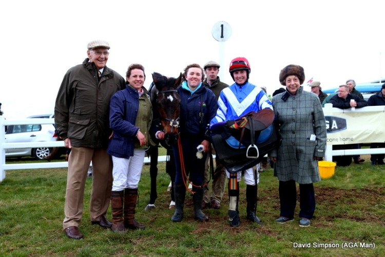 A deserved win for Trueflyingcolours and Leanda Tickle - the In For A Penny Partnership were delighted!