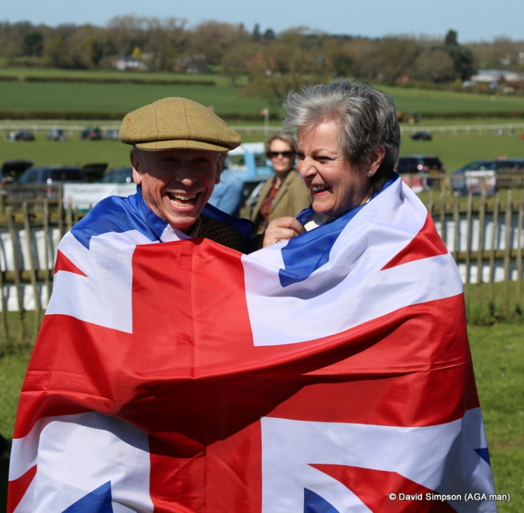 Wrap yourselves in a flag for the AGA man please, and smile...