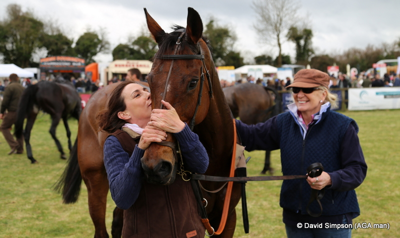 History Master gets a big kiss from Jo