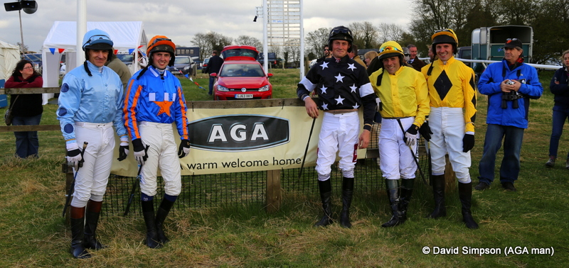 The boys line up before the AGA sponsored Open Maiden
