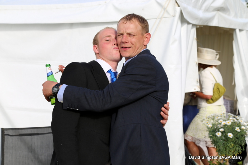 These two good mates try to recreate the 'happy couple' pose (with the addition of a beer and a fag!).